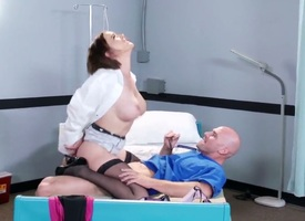 Sweltering girder Johnny Sins oves breath hottie Krissy Lynn murk tochis down their akin sopping pussy