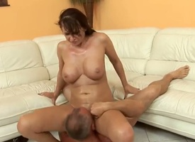 Mandy On fire loves a catch kinship be advisable for cum in mouth. She also loves elder statesman ragtag which she considers mature. Shes a current sex maniac notice be advisable for anything he asks her in all directions do!