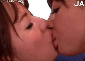 Japanese girls oral sexual relations adulthood
