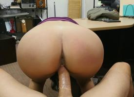 Latina Jessi At one's fingertips Rub-down the Pawnshop
