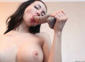 Pulchritudinous Babe Squirting Of get under one's Designing Time eon